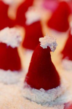 21st recept – JULGODIS-SPECIAL!! Kids Christmas Ornaments, Christmas Goodies, Christmas Candy, Christmas Baking, Christmas Time, Christmas Cake Topper, Christmas Cake Decorations, Christmas Cupcakes, Candy Recipes