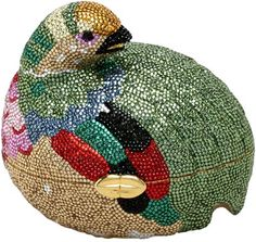 Judith Leiber is perhaps best known for her rhinestone-covered handbags, purses, and boxes, which are known as minaudieres. This one from 1980 is shaped like a grouse. (I love you, Judith Leiber! Judith Leiber, Vintage Purses, Vintage Bags, Luxury Bags, Luxury Handbags, Unique Handbags, Unique Bags, Unique Purses, Hermes Handbags