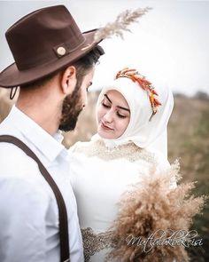 Nikah Explorer - No 1 Muslim matrimonial site for Single Muslim, a matrimonial site trusted by millions of Muslims worldwide. Romantic Couple Images, Couples Images, Romantic Couples, Wedding Couples, Muslim Couple Photography, Wedding Photography Poses, Pre Wedding Poses, Pre Wedding Photoshoot, Cute Muslim Couples