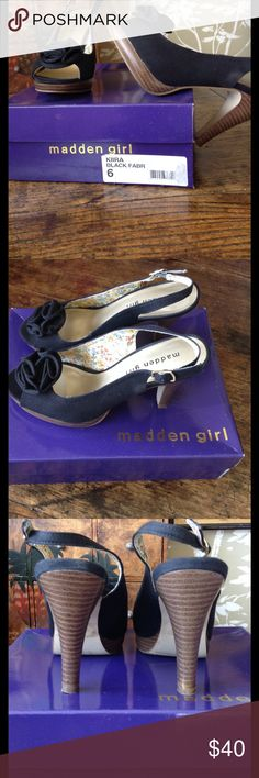 """💃🏻New Reduction💃🏻 Madden Girl Sling Back Heels Lovely shoes in excellent condition. 4 inch stacked  heel. """"Kira"""" black fabric. Very flattering on. Steve Madden Shoes Heels"""