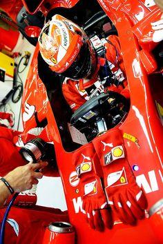 Off Track w/Kimi Räikkönen at the 2014 #F1 Grand Prix @ Singapore