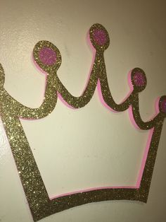 Gold and pink crown photobooth frame