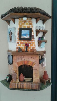 Round fairy house with bricks and rustic front door Diy Crafts Slime, Tile Crafts, Decor Crafts, Diy And Crafts, Paper Mache Crafts, Clay Crafts, Dolly House, Clay Roof Tiles, Clay Wall Art