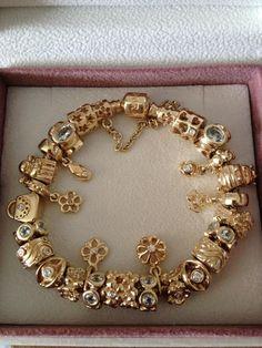 61 Ideas Jewerly Bracelets Pandora Gold For 2019 Pandora Armband Gold, Pandora Gold, Pandora Beads, Pandora Rings, Pandora Jewelry, Charms Pandora, Disney Pandora Bracelet, Pandora Bracelets, Charm Bracelets