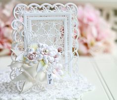 Absolutely beautiful by Becca Of Amazing Paper Grace. Easel Cards, 3d Cards, Xmas Cards, Becca Feeken Cards, Tiny Tags, Shabby Chic Cards, Spellbinders Cards, Fru Fru, Die Cut Cards
