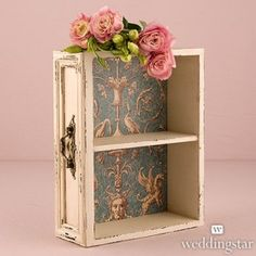 Shabby Chic Home Decor Australia This Vintage Inspired Display Drawer with Shelf is a versatile decor piece complete with a vintage inspired paper liner. It can be placed on your welcome table, escort table or anywhere else throughout. Decoration Shabby, Shabby Chic Decor, Vintage Decor, Vintage Display, Vintage Stuff, Decoupage Vintage, Room Decorations, Vintage Paper, Wedding Decoration