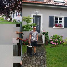 Da ist unser farblich gesehenes Traumhaus. 😍 Wir haben versucht unsere 3 Sto Farbmuster abzugleichen. Unser selbst hergestelltes Muster ist…
