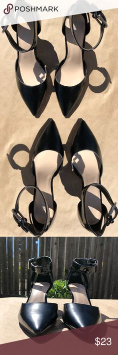 """Nine West """"Anna May"""" 2.5"""" Ankle Strap Heels Sz. 7 Excellent Condition. Nine West """"Anna May"""" 2.5"""" Ankle Strap Heels in Black with Silver hardware. These gorgeous. heels are in like new condition.  Sz. 7 Bundle for free shipping and a private discount. Nine West Shoes Heels"""