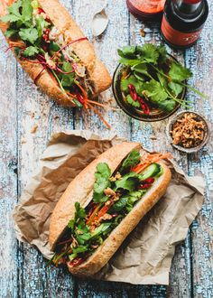 Banh Mi (bun me) is a popular Vietnamese baguette roll stuffed with all manner of salad – think of it as the more flavourful cousin of the classic that's salad sandwich. I have long bee… Vietnamese Salad Rolls, Vietnamese Sandwich, Vietnamese Cuisine, Vietnamese Baguette Recipe, Vietnamese Banh Mi, Vietnamese Street Food, Ideas Sándwich, Sandwiches, Viet Food
