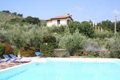 Very handsome farmhouse recently restored surrounded by an olive grove. The structure is divided in 7 apartments. The name of each flat was given according to the different...http://www.italiaincampagna.com/umbria/bettona/farmhouse/agriturismo-bettona_en.aspx