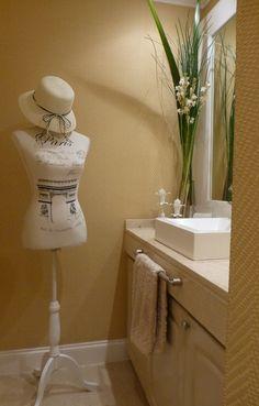 Dress form in toilette.