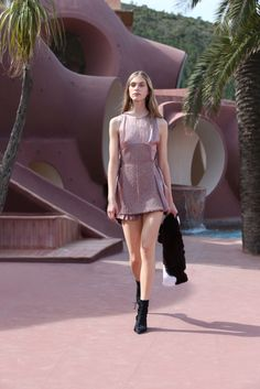 Christian Dior Resort 2016 Fashion Show - Hedvig Palm