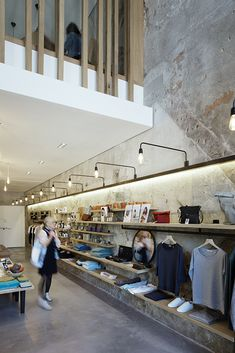 Image 2 of 19 from gallery of ESSENTIEL Lifestore / Rémy MARCIANO architecte. Photograph by Takuji Shimmura