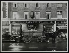 Vintage London, Old London, Chelsea London, London History, Greater London, Sainsburys, Surrey, Old Photos, Roads