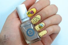 curious little bee . # # #instanails #nailstagram #nailsofinstagram #notd…