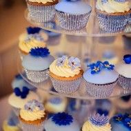 Find the best wedding cakes Bristol showcases - in all shapes and sizes in Bristol, Keynsham, Saltford, Knowle, Ashton Vale and much more. Sunflower Cupcakes, Blue Cupcakes, Mini Cupcakes, Cupcake Cakes, Cool Wedding Cakes, Wedding Cupcakes, Cornflower Wedding, Android, Cake Gallery