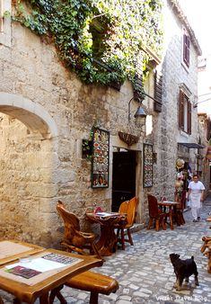 Trogir, Croatia. The best steaks and rumsteaks, as well as seafood dishes in Trogir, are cooked in this restaurant named Capo. Please, read about my impressions of Trogir http://victortravelblog.com/2012/09/17/receipt-of-trogir-croatia/