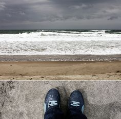 84-365 by Board Shanty, via Flickr | #feetfriday #feet #shoes #fromwhereistand #ocean