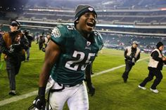 Check out Philadelphia Eagles running back LeSean McCoy in a live webchat tonight at 5:30 ET at www.facebook.com/FedEx Tweet your questions to #AskNFLRBs before and during the webcast!