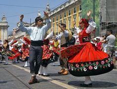 "Olhares.com Fotografia | �Jos� Branco | ""Desfile de ranchos-Portugal"