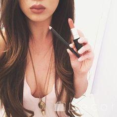 Фото от нашей подписчицы http://de-cor.com.ua/   #косметикакиев #косметикадляглаз #косметикакупить #косметикамак #косметикадляженщин #косметикасша #decorcomua #макияж #мейкап  #оригинальнаякосметика #элитнаякосметика #визаж #MAC #брендовыеплатья #брендыклассалюкс #брендовыеаксессуары