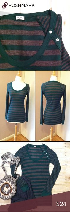 "Splendid Scoopneck striped thermal tee Forest green and charcoal stripes. Wide stripes across the body contrasting with skinny stripes on the sleeves. Scoopneck. 4 faux button detail on the shoulder. In excellent condition. 25/25/50 supima, modal, polyester. 28""L. 15.5"" bust laying flat. Stretchy material with a lot of give. Size small. Anthropologie Tops Tees - Long Sleeve"