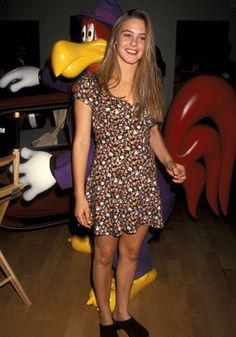 Hello, hipsters || Alicia Silverston rocking a floral dress and clogs in 1993