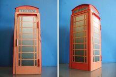 British Phone Cabin Paper Model - by Hans-Jürgen Dramowski - via Kartonist.De -- A cool paper model of a classic British Phone Cabin, in 1/22 scale, created by German designer Hans-Jürgen Dramowski, via Kartonist.De Forum.