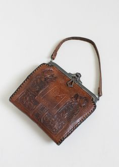 Vintage 1920s Arts & Crafts Tooled Leather Purse