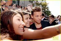 One Direction - MTV VMAs 2012 Red Carpet