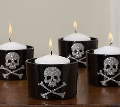 Pottery Barn Candle: Skull and crossbones