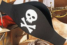 Piratenhut basteln: Bastelvorlagen für den Kostümklassiker - Familie.de