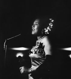 Billie Holiday performing at The Tiffany Club in Los Angeles, 1952. - Bob Willoughby Photography