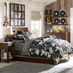 Age will be heavily weighed to get thought to be although organizing males master bedroom. A little bit you may adore one thing beneath the sun rays which may seize their particular curiosity and maintain your ex busy.