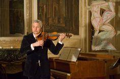 Stefan Kölsch (Violine) Music Instruments, Visual Arts, Literature, Musical Instruments