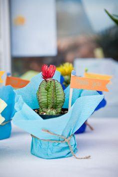 Cinco de Mayo party decorations | cactus centerpiece www.lifeandbaby.com