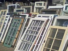 DIY craft ideas using old windows.  Found some of these on an adventure I went on a few weeks ago.  Maybe this can keep me busy this winter.