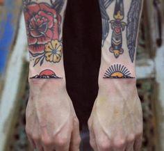 Signification tatouage chouette pin up tatouée tatoo old school Wrist Tattoos, Arm Tattoo, Body Art Tattoos, Sleeve Tattoos, Cool Tattoos, Tatoos, Tattoo Flash, Shin Tattoo, Tattoos Skull