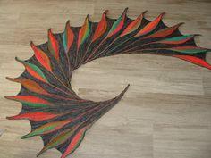 Dreambird en laine Poussière de fée de Palaluna (grise) Laine Lang Millecolori (couleur) toute les 2 sont un peu brillante
