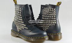 Compra online: scarpe Converse All Star con borchie e teschi sul nuovo shop online di Muffin negozio di Milano Marittima e Cervia