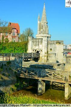 Porte des Deux-Moulins, La Rochelle (Charente-Maritime)