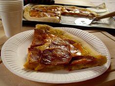 My Vegan Cuisine: Pizza chorizo salami Cheddar (Vegan)