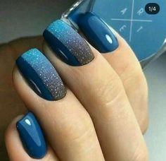 Blue black ombré winter nails