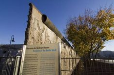 Berlin Wall, It Cast, Pictures