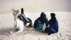 Gli italiani del deserto, le tracce degli italiani nel Sahara e in Libia, tra cinema, arte e viaggio Avventuriamoci allora insieme in questo deserto, passiamo per il Sahara, per riscoprire noi stessi oltre a parte delle nostre radici. Per riscoprire la vita. Strano ma vero, vedrete… #sahara #medina #tripoli