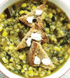 Try a Corn & Red Lentil Soup with Goat Cheese Croutons for a delicious dinner! This Clean Eating recipe is ready in 25 minutes.