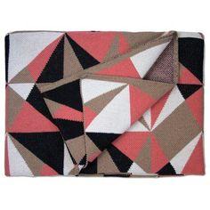 Savannah Hayes Odessa Throw Blanket Color: Rouge