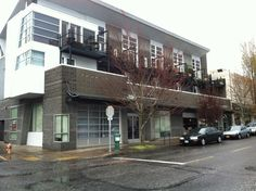 JUST SOLD – 4011 NE Hancock St. Portland, OR.  Congrats to our agents Vinny Small & Craig Gilbert for the successful closing of the Hancock Building.
