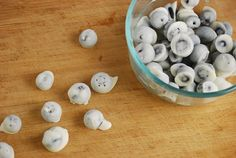 Frozen Yogurt Covered Blueberries The perfect low calorie snack recipe for a hot summer day, these Frozen Yogurt Covered Blueberries are sweet, cold and light. Full of fiber, protein and vitamins, they are as nutritious as they are delicious.