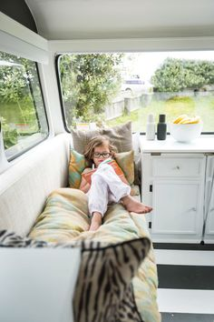 Caravan renovation, Photography by Duncan Innes, Styling by Janice Ward, as featured in homestyle magazine
